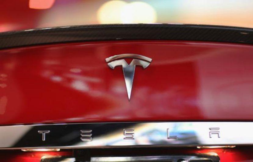 Tesla: Apple aurait envisagé de racheter l'entreprise d'Elon Musk en 2013