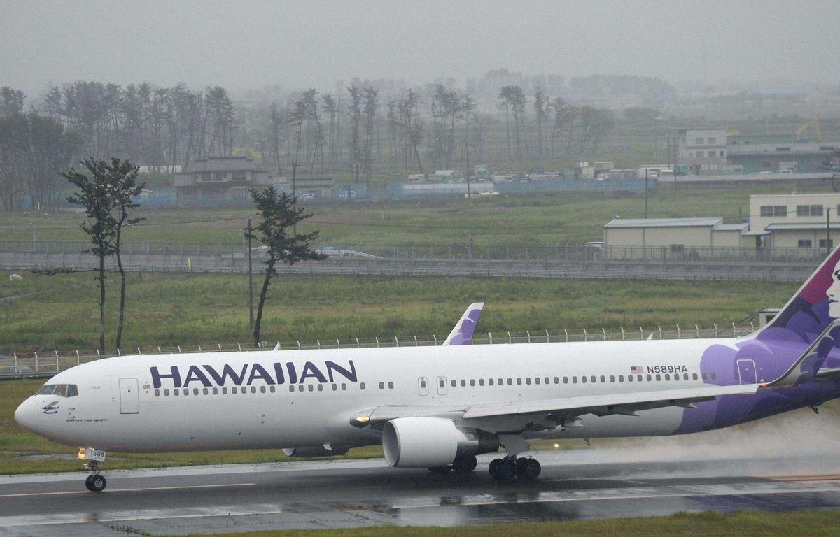 Un avion fait une escale pour débarquer un passager qui refusait de payer une couvertrue – kyodowc094977.JPG k/NEWSCOM/SIPA