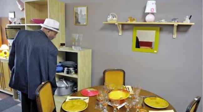 emma s vante l 39 insertion et les petits prix. Black Bedroom Furniture Sets. Home Design Ideas