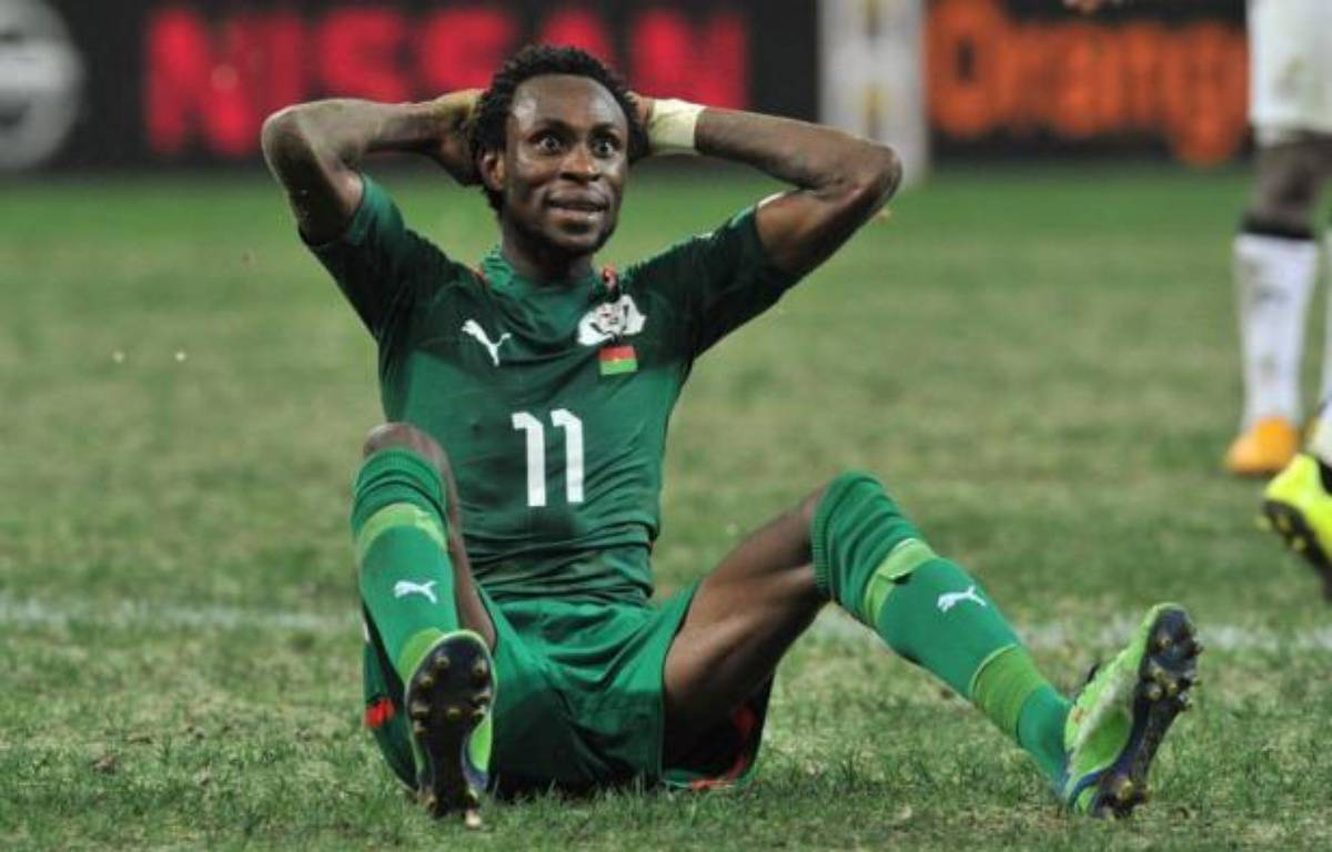 Le Burkina Faso, à peine qualifié pour la première finale de Coupe d'Afrique de son histoire, a fait appel du carton rouge reçu par Jonathan Pitroipa, un de ses meilleurs joueurs, lors de la demi-finale contre le Ghana mercredi (1-1 a.p., 3-2 t.a.b.). – Issouf Sanogo afp.com