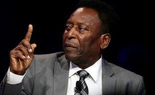 Pelé, le roi, dit aller bien