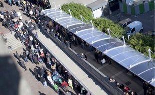 La file d'attente des étrangers a grossi depuis le début de l'année à Bobigny.