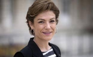 """La sénatrice UMP et ex-ministre Chantal Jouanno a assuré dans un tweet qu'elle voterait Nicolas Sarkozy même si elle a comme Fadela Amara et Martin Hirsch """"des raisons personnelles d'être contre lui"""", s'attirant les foudres de certains de ses camarades de la majorité"""