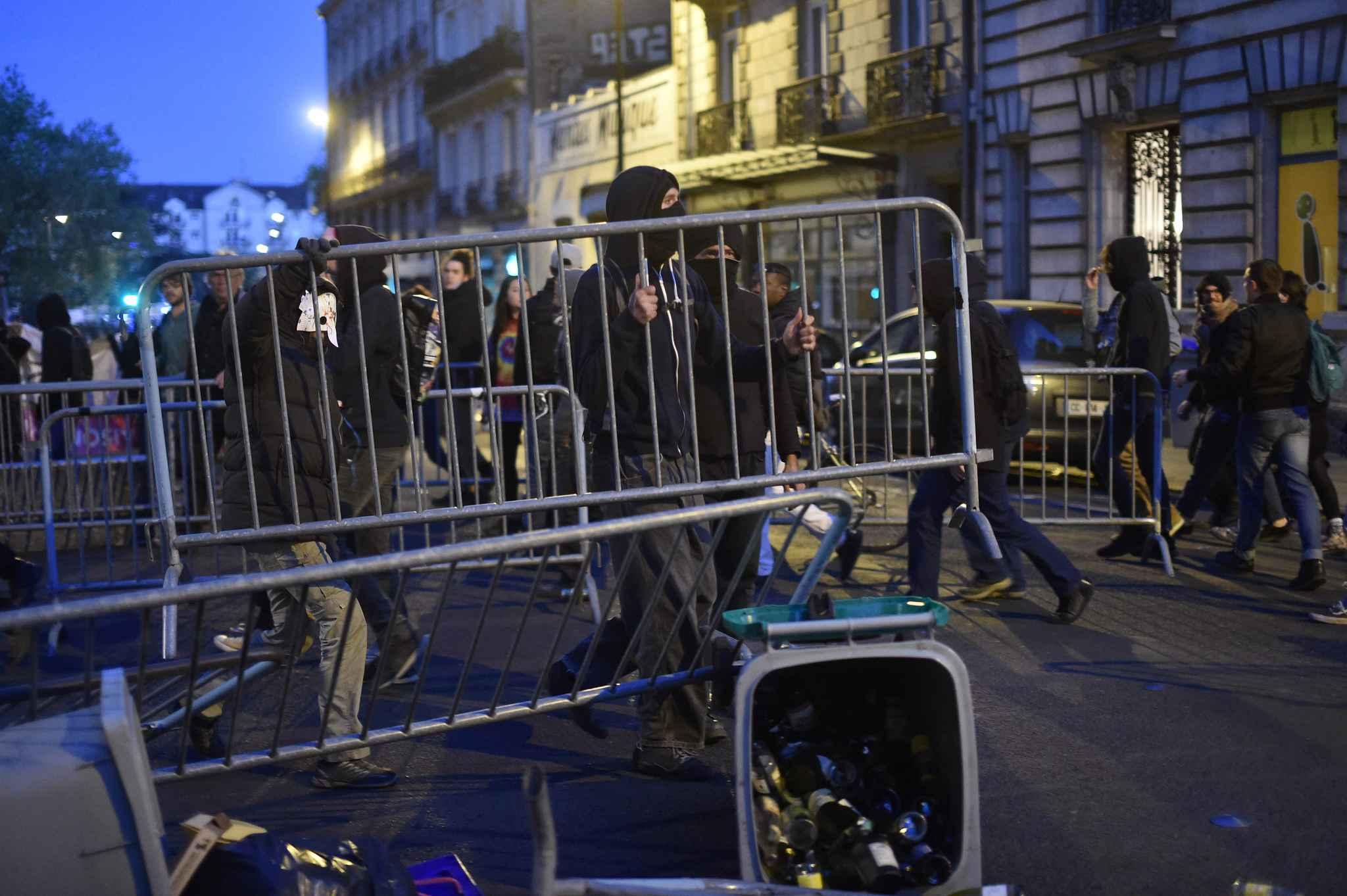 Manifestation agitée à Nantes après l'annonce des résultats — Présidentielle