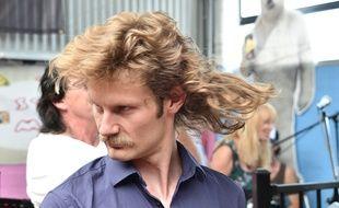 Un participant à la Mulletfest, festival de la coupe Mulet, en Australie, le 24 février