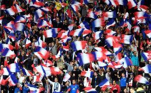 Les supporters français pendant France-Biélorussie, au Stade de France le 10 octobre 2017.