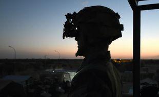 Un soldat français de l'opération Barkhane le 8 mars 2016 au Mali
