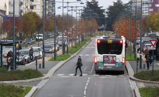 L'accident s'était produit sur un passage piéton traversant les voies de bus après le pont de Châteaudun, à Rennes