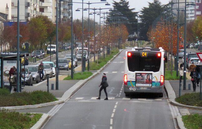 Rennes: Deux policiers jugés pour avoir fauché mortellement une jeune femme