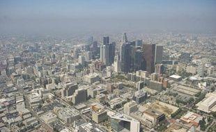 Vue aérienne du centre de Los Angeles prise le 7 août 2013
