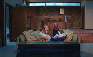 La série « WandaVision », portée par Elizabeth Olsen et Paul Bettany, a bousculé les codes de l'industrie audiovisuelle.