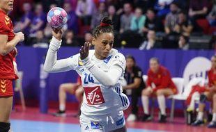 La joueuse de l'équipe de France de handball Béatrice Edwige, ici lors de l'Euro 2018.
