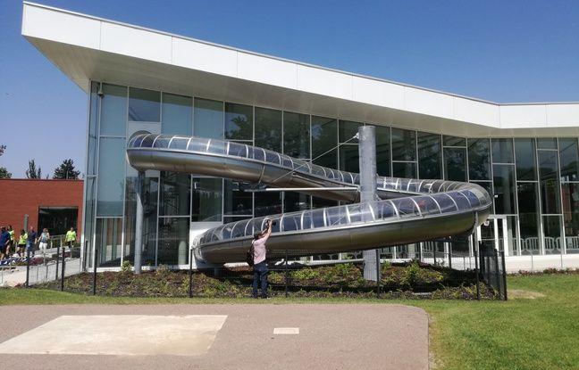 Le nouveau grand toboggan de la piscine de Hautepierre à Strasbourg.