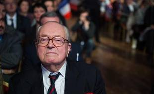 Jean-Marie Le Pen à Paris le 17 novembre 2013.