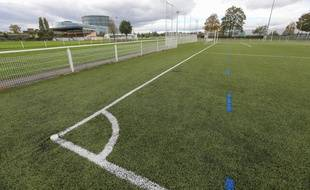 Un terrain de foot
