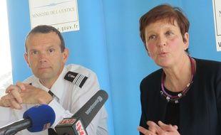 Le commandant du groupement de gendarmerie de la Gironde, Ghislain Rety, et la procureure de la République de Bordeaux, Marie-Madeleine Alliot, le 12 mars 2015 à Bordeaux