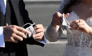 Illustration des conséquences du coronavirus sur les mariages