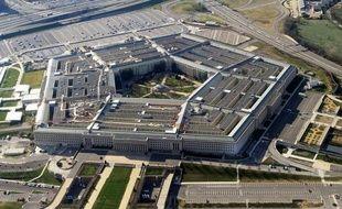 L'armée de l'Air américaine a retiré à 17 officiers chargés du contrôle de missiles nucléaires intercontinentaux (ICBM) leur certification après une mauvaise évaluation de leurs capacités à mener des opérations de lancement, a affirmé un porte-parole de l'US Air Force.