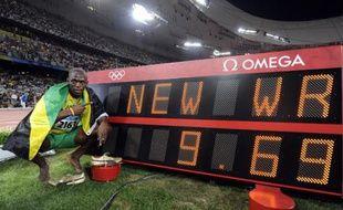 Le sprinter jamaïcain Usain Bolt, vainqueur du 100m en finale des JO de Pékin, le 16 août 2008