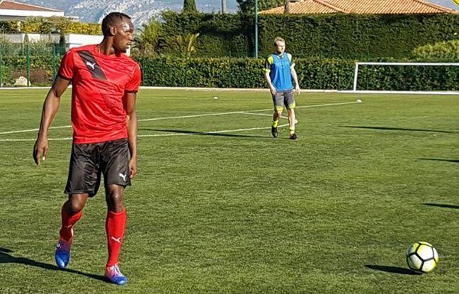 Tout-droit: Usain Bolt fera bien un essai à Dortmund en mars et rêve toujours de Manchester United