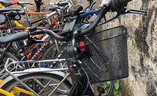 Illustration de vélos stationnés à Villeurbanne, près de Lyon, le 11 mai 2021.