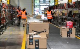 L'entrepôt d'Amazon Logistics France en région parisienne recouvre une surface de 13 000 m2