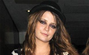 L'actrice Mischa Barton quitte le club Whiskey Mist à Londres, en Angelterre, le 30 juin 2009.