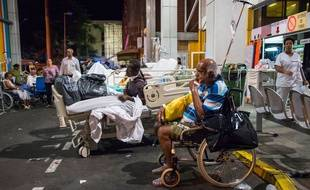 Un violent incendie s'est déclaré mardi 28 novembre au Centre hospitalier universitaire de Pointe-à-Pitre (Guadeloupe), conduisant à l'évacuation de 1.200 personnes.