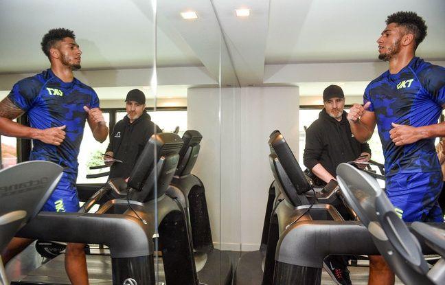 Course, muscu, vélo, étirements... Tony Yoka admet avoir 6-7 kilos à perdre pour retrouver son poids de forme (105 kg).