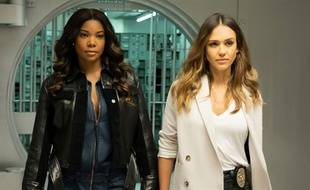 Gabrielle Union et Jessica Alba forment un duo de choc dans « Los Angeles Bad Girls ».
