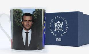 Les mugs vendus par l'Elysée sont au centre d'un imbroglio.