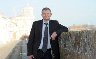 Olivier Falorni, candidat aux législatives face à Ségolène Royal, à La Rochelle, le 15 mars 2012.