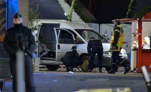 La voiture utilisée pour foncer dans la foule par un homme, le 22 décembre 2014 à Nantes.