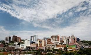 Au Paraguay, une fillette de dix ans est enceinte de cinq mois après avoir été violée par son beau père