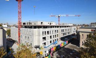 Le chantier de démolition reconstruction du pavillon H a débuté en juillet 2015.