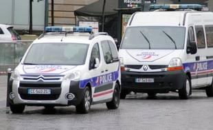 Illustration de voitures de police.