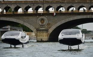 Les navettes volantes de SeaBubble sur la Seine