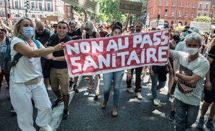 Lors de la manifestation de samedi dernier des opposants au pass sanitaire.