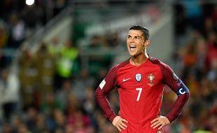Cristiano Ronaldo lors du match entre le Portugal et la Lettonie le 13 novembre 2016.