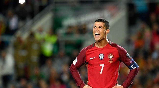 Cristiano Ronaldo lors du match entre le Portugal et la Lettonie le 13 novembre 2016. – FRANCISCO LEONG / AFP