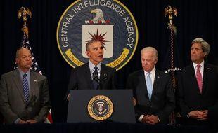 Barack Obama avec son équipe de sécurité nationale au siège de la CIA le 13 avril 2016