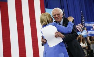 Bernie Sanders a apporté son soutien à Hillary Clinton le 12 juillet 2016.