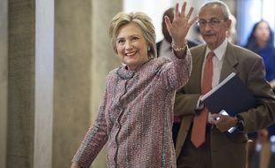 Hillary Clinton et le directeur de son équipe de campagne, John Podesta, à Washington le 14 juillet 2016.