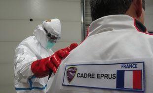 Les urgentistes de l'EPRUS resteront un mois au centre de traitement Ebola de Macenta en Guinée