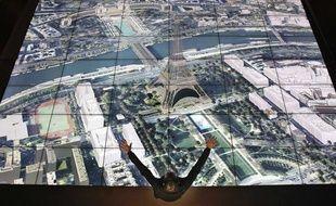 Une carte interactive de Paris présentée au Pavillon de l'Arsenal en 2011.
