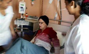Le cancer, responsable en 1970 d'un décès sur cinq, était en 2004 la cause d'un décès sur trois, soit la première cause de mortalité en France, mais les personnes atteintes bénéficient d'une amélioration progressive de leur espérance de vie.