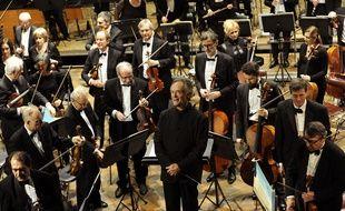 L'orchestre national de Lille et Jean-Claude Casadesus, en février 2015.