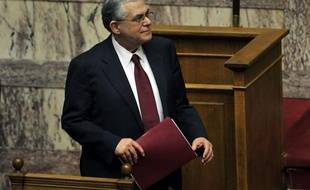 Le gouvernement grec, qui entame mercredi soir les négociations avec les banques du monde entier pour effacer une partie de sa dette, a obtenu jeudi soir la confiance du parlement, première étape de sa lourde tâche pour sortir le pays de l'ornière.