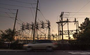Une centrale électrique californienne arrêtée.