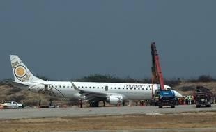 L'avion birman une fois atterri